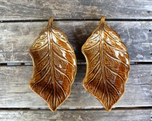 Vintage MCM Pottery Leaf Shaped Candy Dish Set | Whispering City RVA