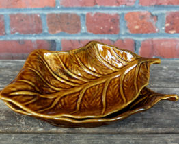 Vintage MCM Pottery Leaf Shaped Candy Dish Set | Whispering City RVA
