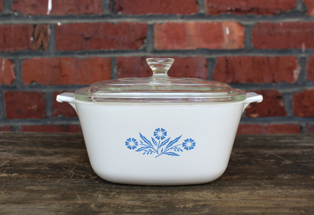 Vintage Corning Ware Blue Cornflower 1 3/4 Qt Casserole w/ Lid | Whispering City RVA