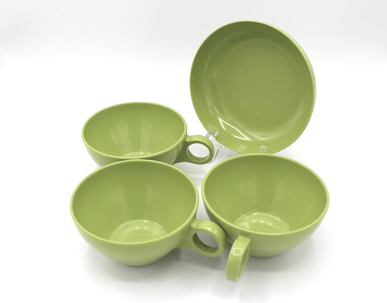 Vintage Avocado Green Melamine Cups & Bowl Set   Whispering City RVA