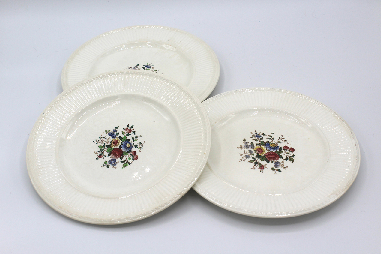 Vintage Wedgwood Conway Edme Bread & Butter Plates Set | Whispering City RVA