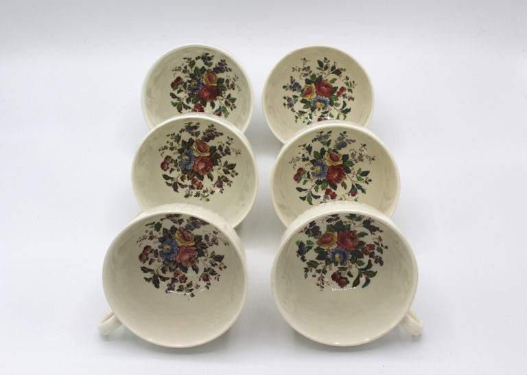 Vintage 1930s Wedgwood Conway Edme Footed Cups & Saucers Service for 6 | Whispering City RVA