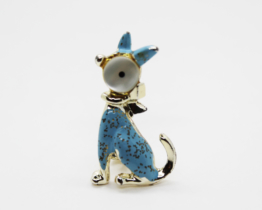 Vintage Mother of Pearl & Blue Enamel Cat Brooch | Whispering City RVA