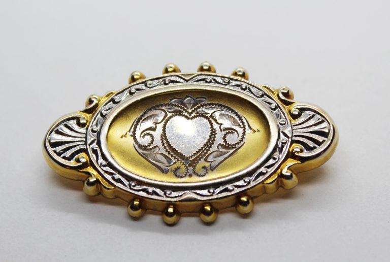 Vintage Hayward 1/20-12K Gold Filled Etched Heart Brooch   Whispering City RVA