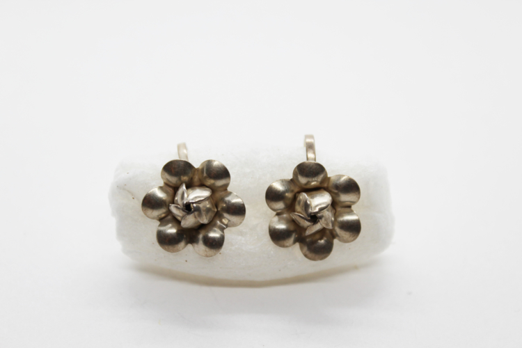 Vintage Sterling Silver Flower Earrings   Whispering City RVA