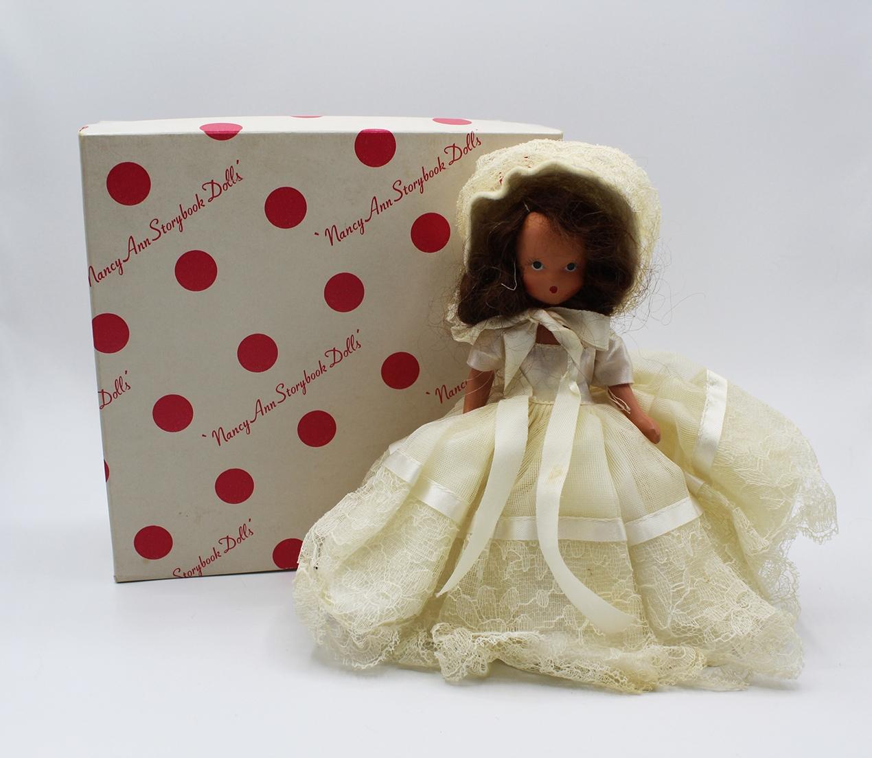 Vintage Nancy Ann Storybook Doll (NASB) Winter #93 | Whispering City RVA