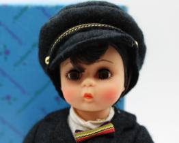 Madame Alexander vintage dolls at Whispering City RVA