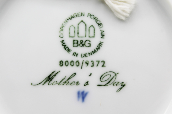 1972 Bing & Grondahl Mors Dag Mother's Day Collectors Plate a Whispering City RVA