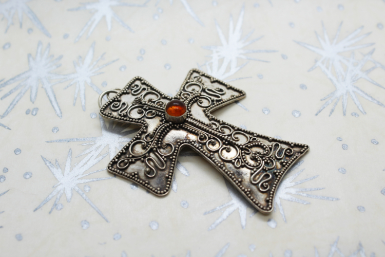 Vintage 925 Sterling Victorian Mourning Cross   Whispering City RVA
