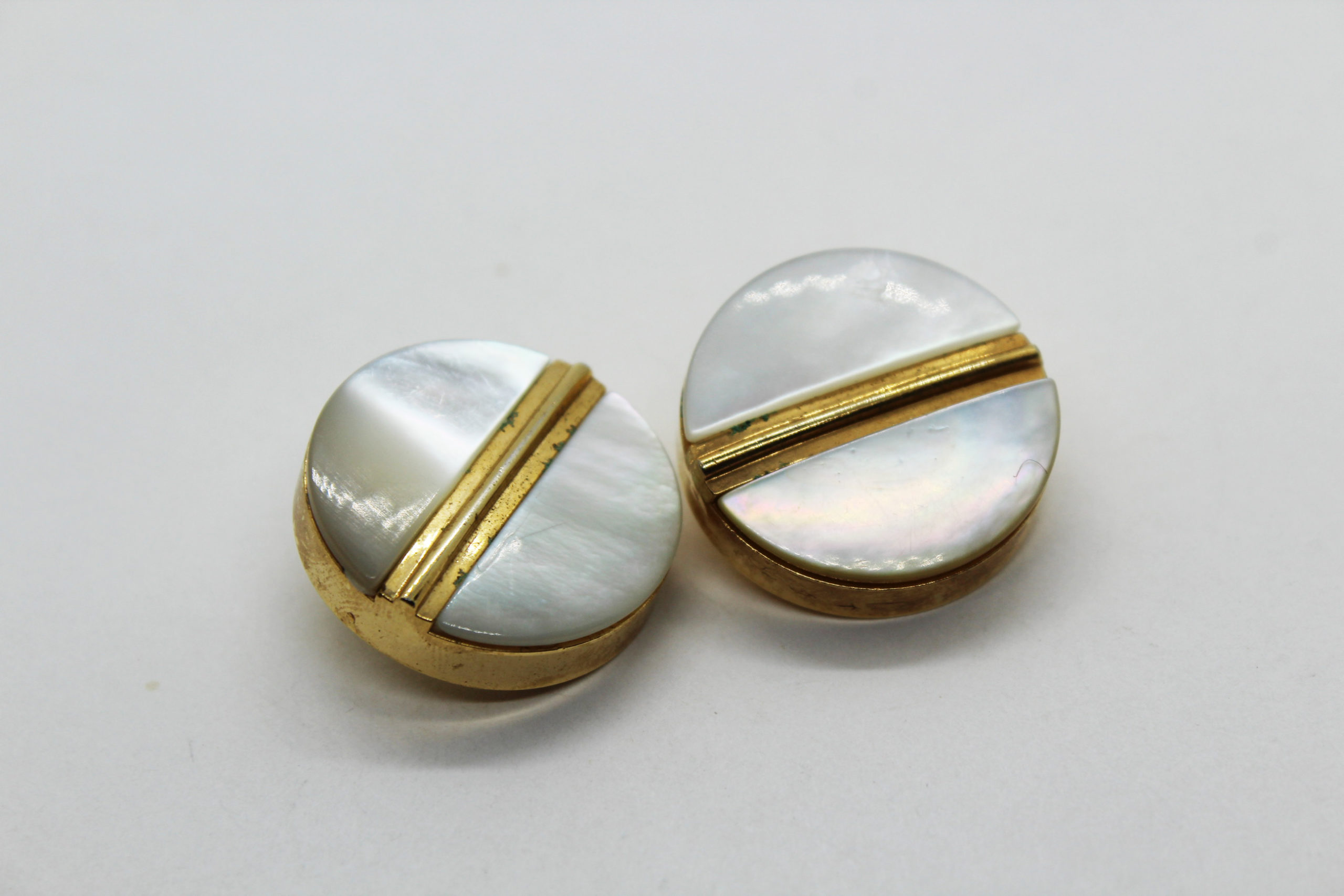 Vintage Secondo Stefano Pavese Mother of Pearl Buttons – Set of 2 | Whispering City RVA